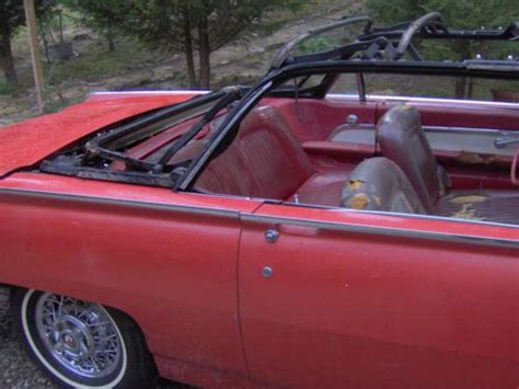Sell new 1962 Ford Thunderbird 390 V8 Convertible in