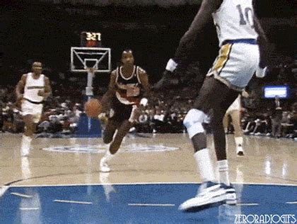 Clyde Drexler GIFs - Find & Share on GIPHY