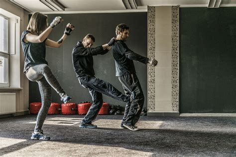 3 Lessons I've Learned in Krav Maga That Have Changed My